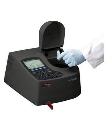 Espectrofotómetro Aquamate UV-VIS 8000