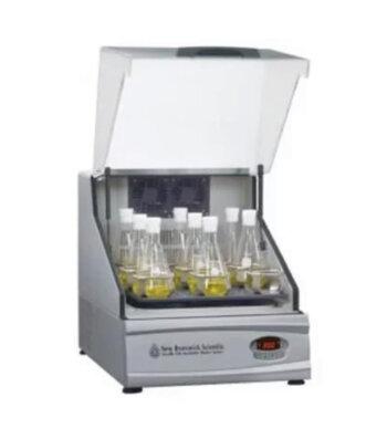 Shaker Incubadora para Laboratorio Excella E24