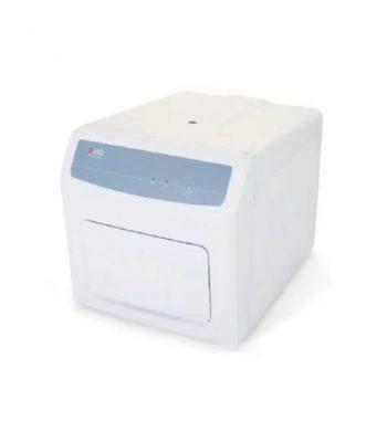 Sistema PCR en tiempo real para pruebas Covid-19